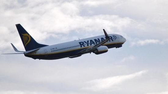 瑞安航空公司一架原计划从挪威飞往英国曼彻斯特的客机传出炸弹威胁