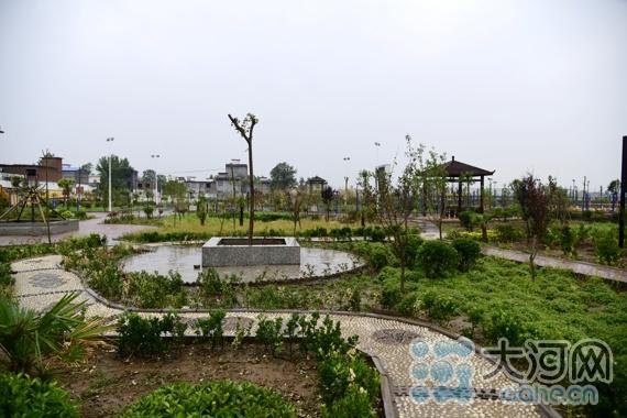 长条形游园设计