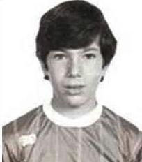 足球明星童年旧照你猜对几个【海量照片儿童节矩献】