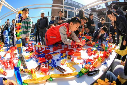 图:2015北京国际设计周参展品牌乐高将亮相首届国际