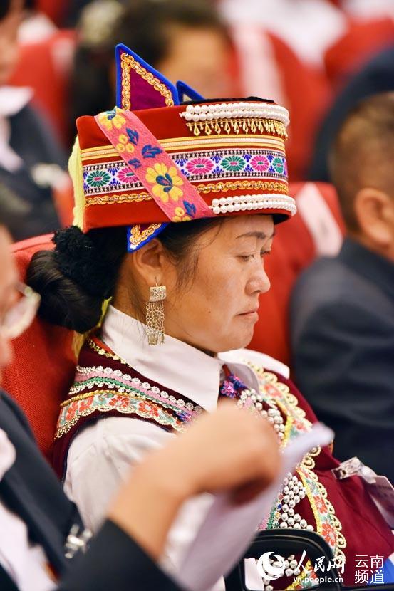 安宁过去一个月-型促跨越 中共安宁市第六次代表大会第一次全体会议开幕