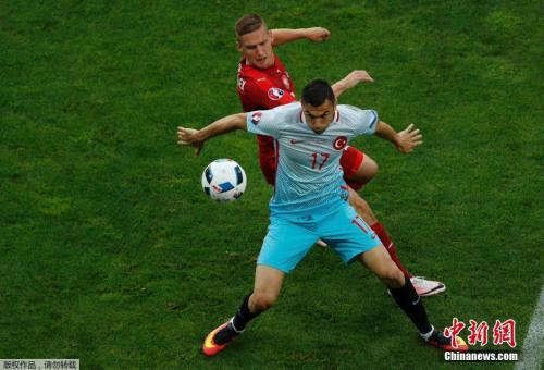 """中国职业足球人看欧洲杯:冰岛堪比""""求生教科书"""""""