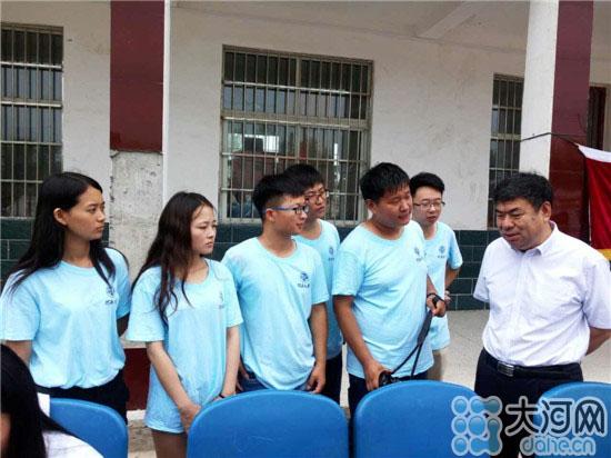 空巢 留守 ,河南大学第一附属医院专家团在祥符区贫困村双楼举办义