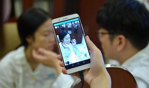 直播平台成诈骗高发区 沪杨浦警方提醒网友关注信息安全,wow金色鲤鱼