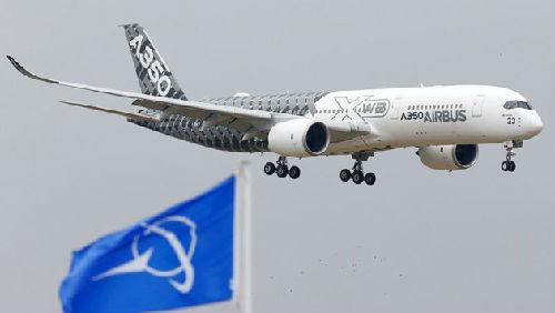 中国到巴黎飞机多久