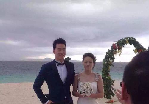 曝刘翔吴莎结婚 大洋洲旅游胜地拍婚纱照