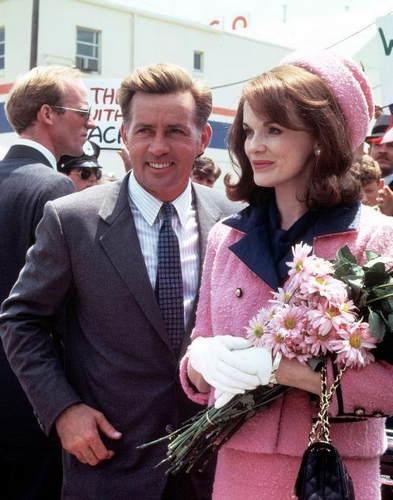 16位曾出演过杰奎琳 肯尼迪的女演员都有谁