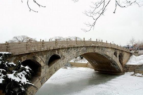 冬季的赵州桥景色。 图片来源于网络