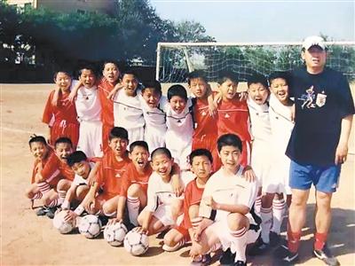 we青训队暴力的雪人_火车头俱乐部曾是中国足球青训的标杆(资料图片)