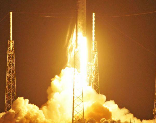 SpaceX公布去年视频v视频原因:发动机罐子出问龟头割火箭图片