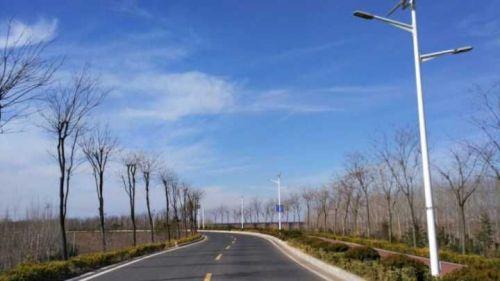 青岛实拍:2017年春节将在蓝天白云中到来