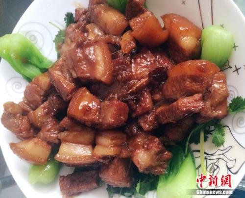 资料图:红烧肉。中新网邱宇摄
