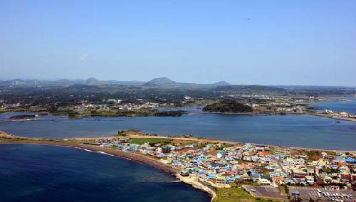 资料图:韩国济州岛风景.