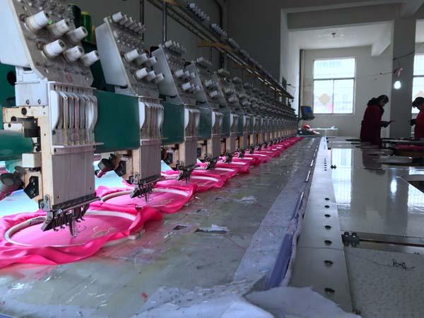 王集雄心东苏北的美女:要建情趣内衣全产业链小镇视频啪穿情趣内衣图片
