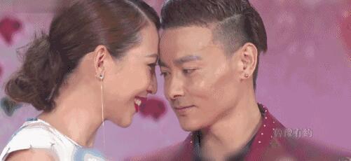 荧屏只要谈到老公张晋,蔡少芬便化身迷妹,一直说老公有多好,简直