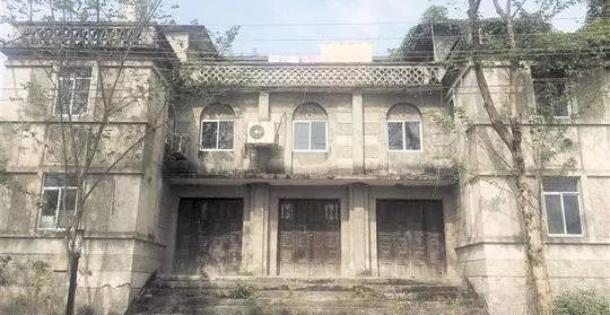 成都现存最老的乡村电影院:一砖一瓦由村民亲手烧制