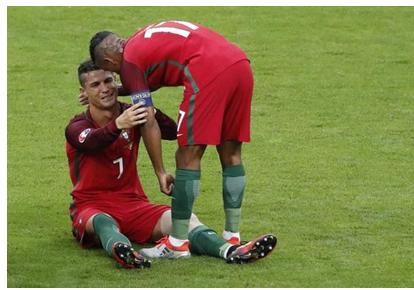 足评人岑卫华点评C罗率葡萄牙夺冠之路_凤凰