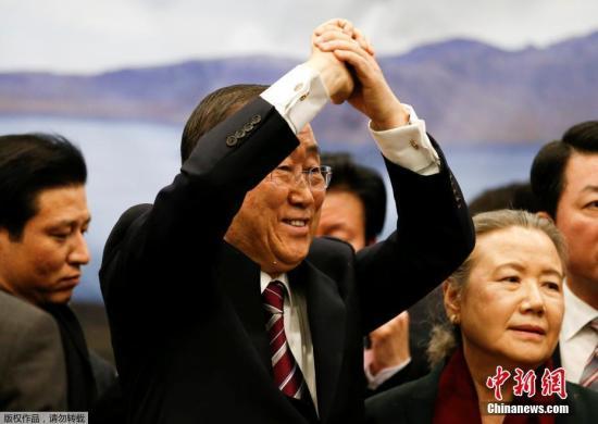 """潘基文返韩称""""以身许国"""" 投身政界恐难"""