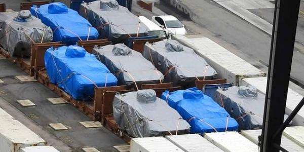被扣留装甲车已离开香港 将运返新加坡(图)