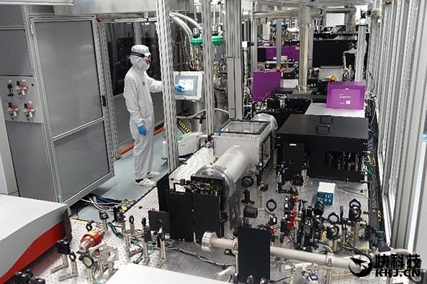 功率突破1千瓦:超级激光器成功研制出