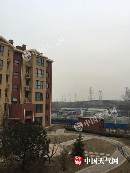 北京今有中到小雪局地大雪 晚高峰将受影响
