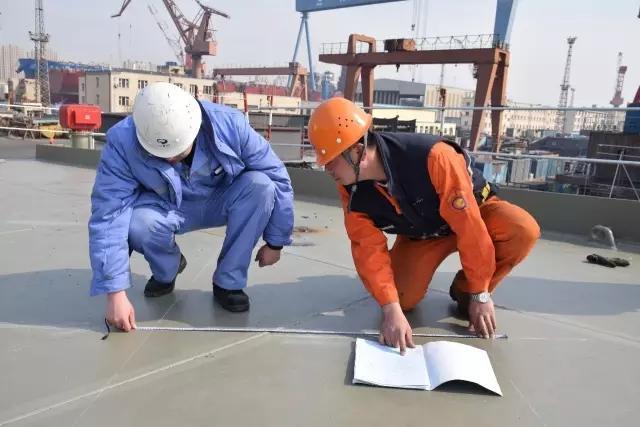 两艘航母均从这里诞生!军报首次揭秘中国航母梦工厂