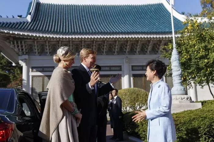 """特朗普、普京、""""小马哥""""谁的""""宫殿""""最豪华?"""