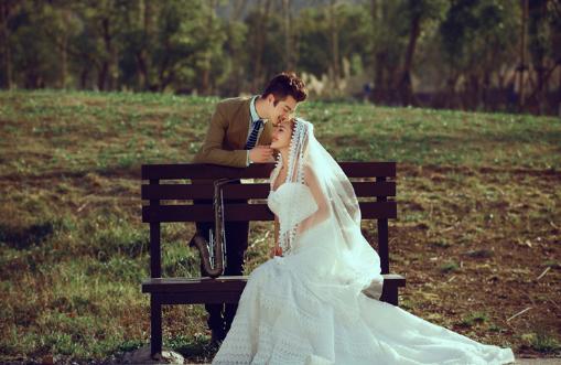 郑州婚纱摄影哪家好 拍婚纱照面对排名如何选择