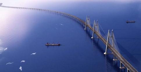 港珠澳大桥主体今贯通