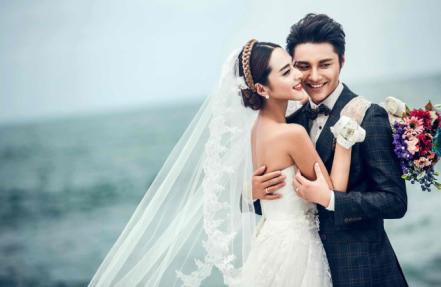 青岛婚纱摄影 武汉南京天津重庆拍婚纱照哪家好图片