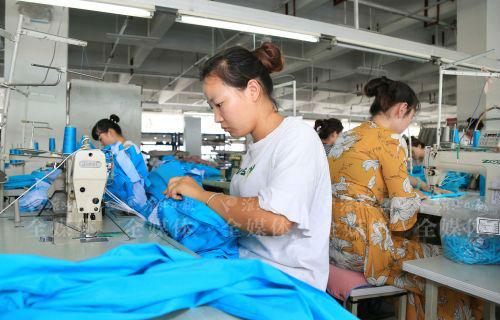 项目落地带动就业提升-梅月摄(1)