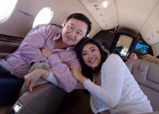 英拉兄妹双双流亡海外 泰政府欲以贪污罪起诉他信