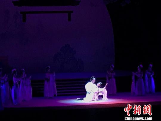 学院版昆曲《牡丹亭》浙江启幕演员平均年纪16岁