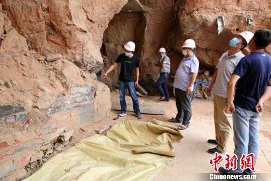 资料图。图为甘肃武威亥母寺遗址考古现场。 甘肃省文物考古研究所供图