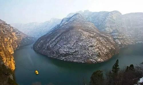 一年四季的青天河每个月的都会为游客奉上不同的风景