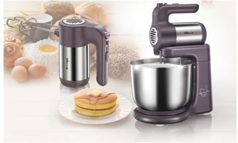 打蛋器一机多能满足多种需求 轻松烘焙花式糕点