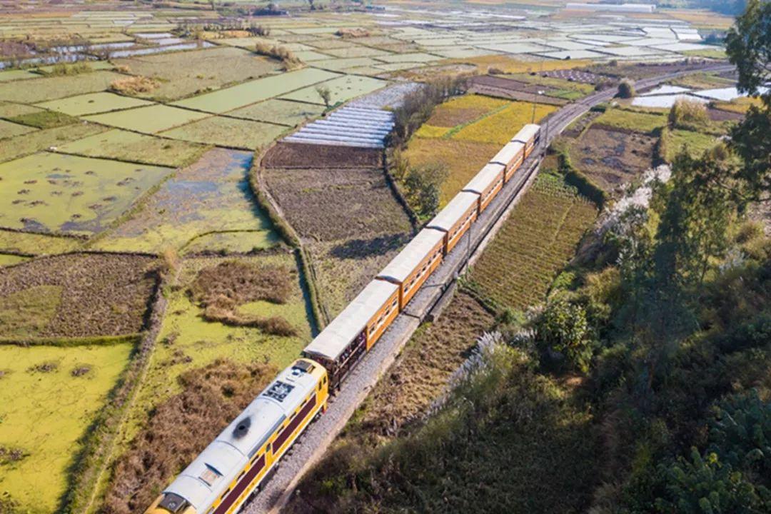 中国最早自己修建的铁路 建水古城百年沧桑的米轨小火车