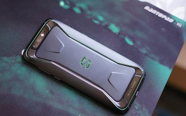 单机游戏  综合来看,如果没有高像素的支持,那么黑鲨游戏手机是绝对不