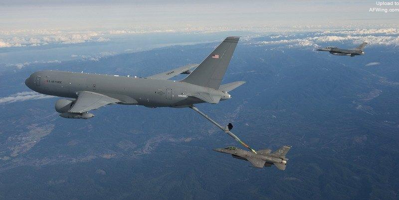 美军新一代加油机即将亮相 首架KC46A今年交付