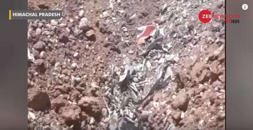 印度空军一架飞机在喜马拉雅山区坠毁 飞行员遇难