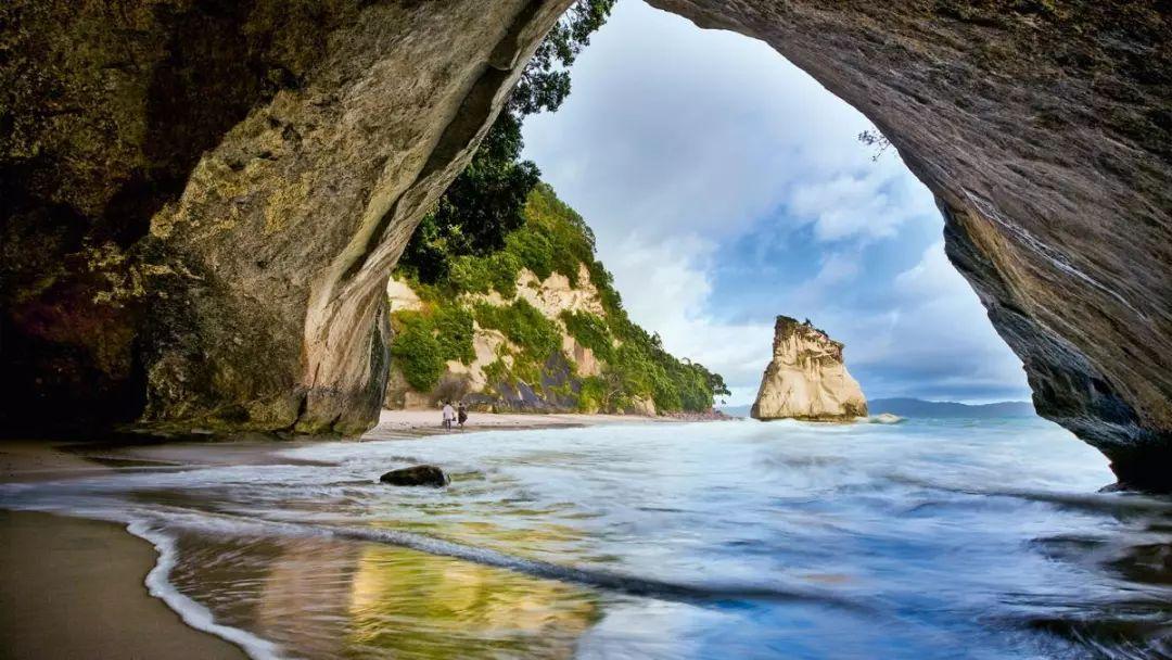 《金刚狼》中的部分场景是在南岛一个风景优美的地方拍摄的——天堂谷