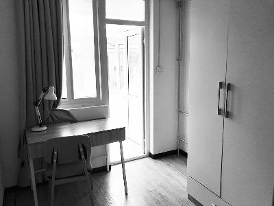 """刚租1天的房子被保洁员""""洗劫一空"""" 女租客获赔9万"""