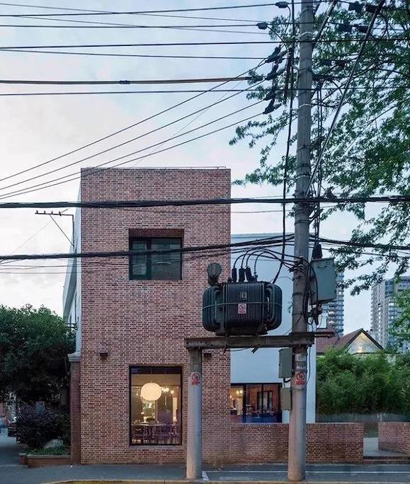 慵懒裹挟诗意 被后街生活覆盖的上海