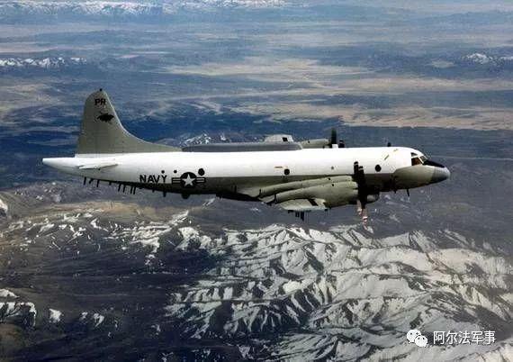 媒体刚刚透露,美军机抵近南海岛礁被中方警告:马上离开