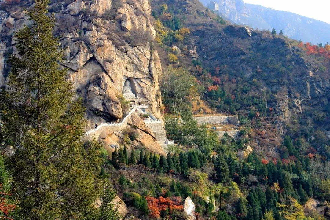 北京以北惊现中国最美国道 铺就两千公里绝美秋色画廊