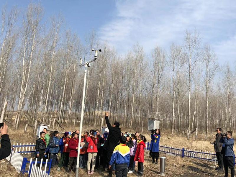 """黑龙江:建成青少年教育""""模拟气象观测站"""""""