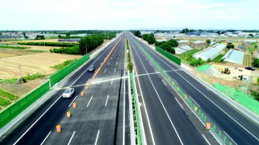 山东八车道高速公路如何保畅通