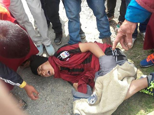 外媒:印度警员向藏南抗议群众开枪2死10伤