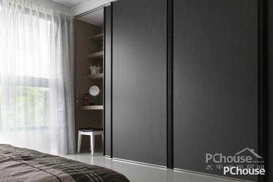 现代简约风格卧室衣柜设计效果图