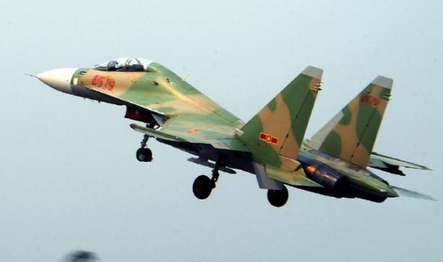中国军队应越方请求将协助搜救越南失事飞机